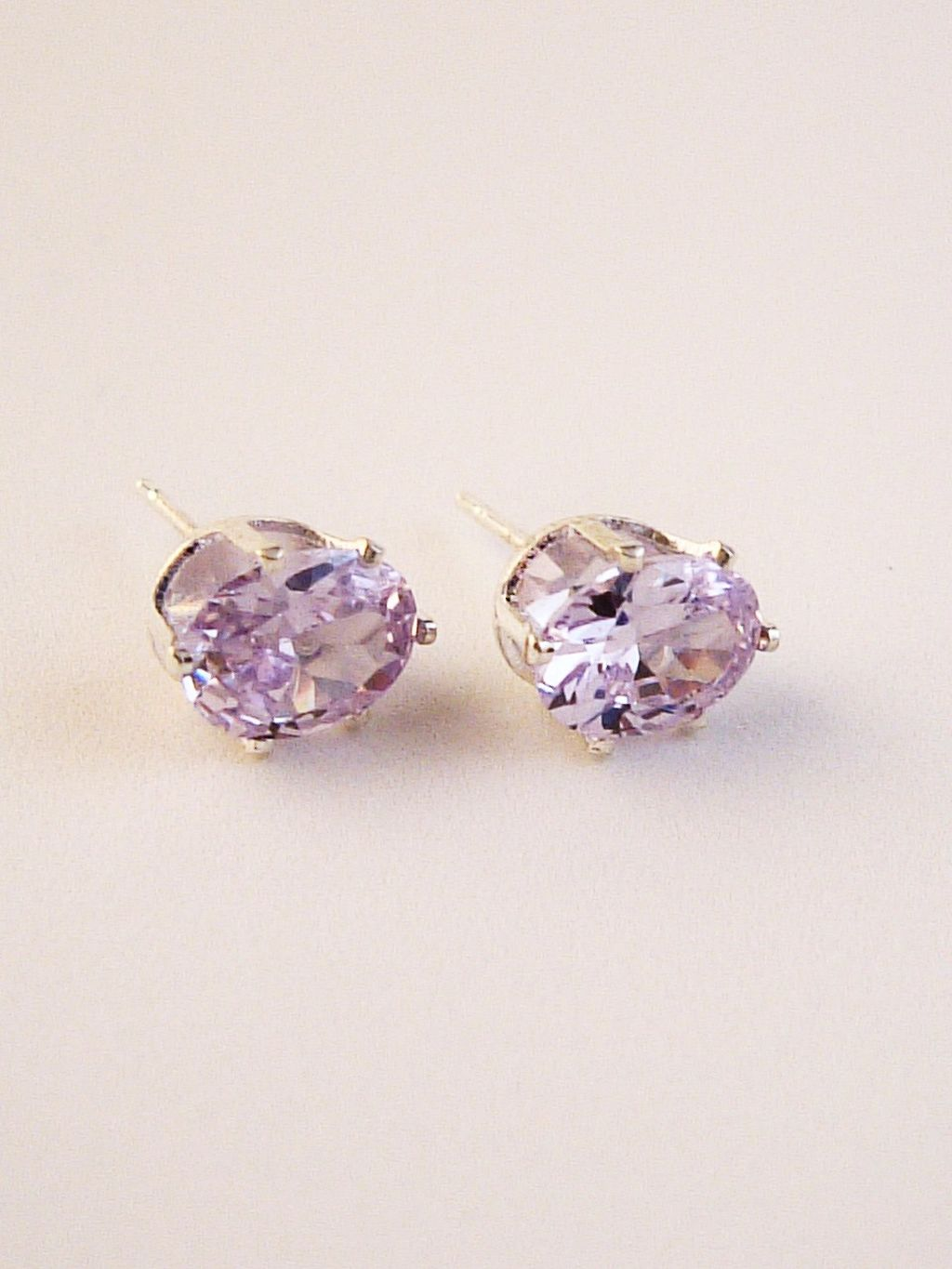 Alexandrite Oval Cut Silver Stud Earrings Genuine CZ Cubic Zirconia