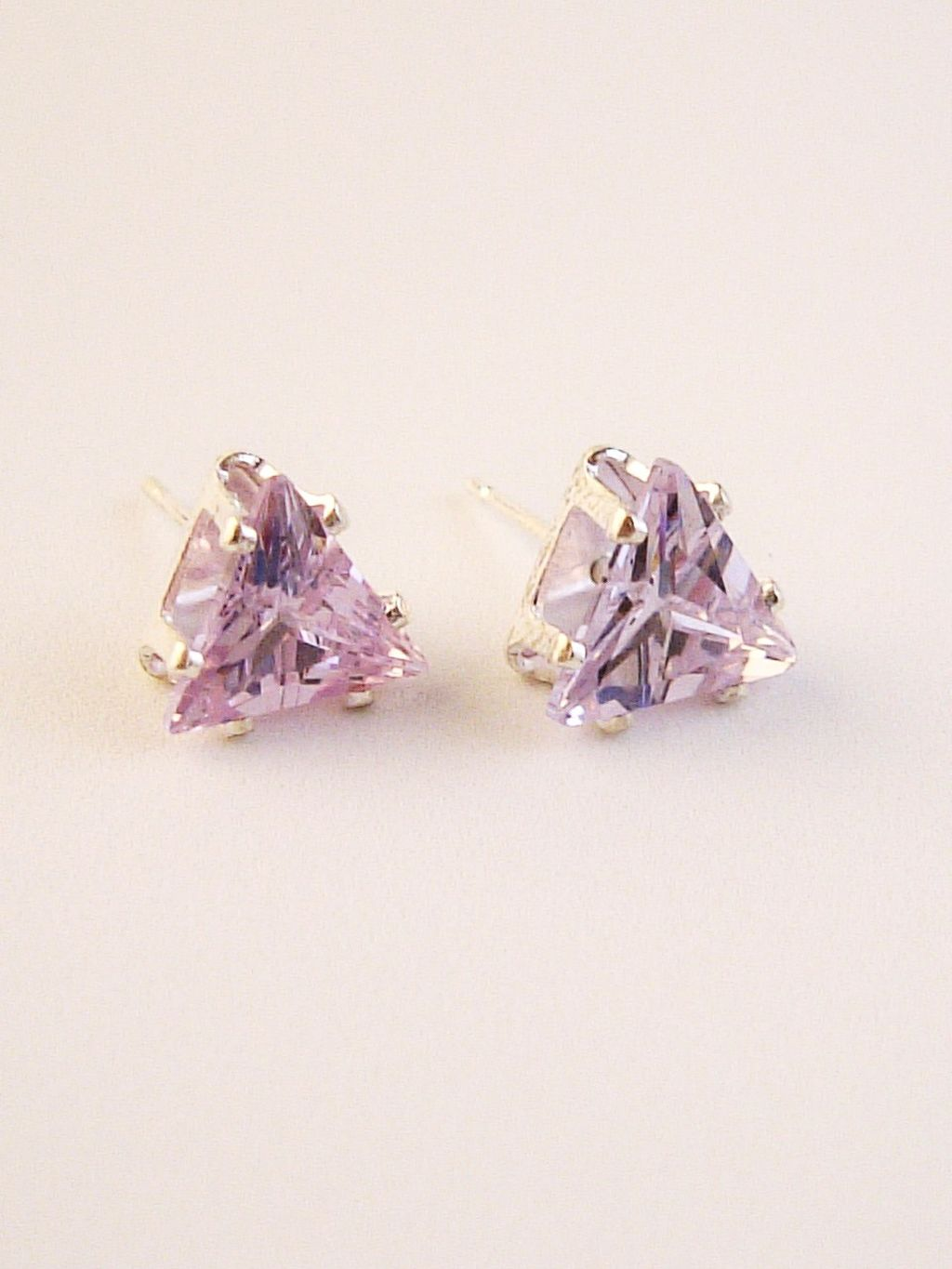 Alexandrite Triangle Cut Silver Stud Earrings Genuine CZ Cubic Zirconia