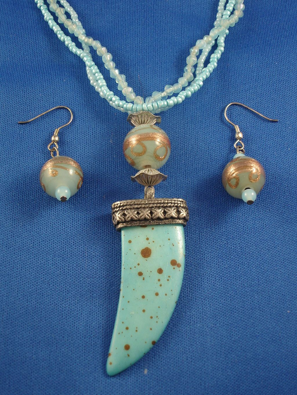 Antique Style Turquoise Horn Pendant Set of Necklace & Earrings, Beads