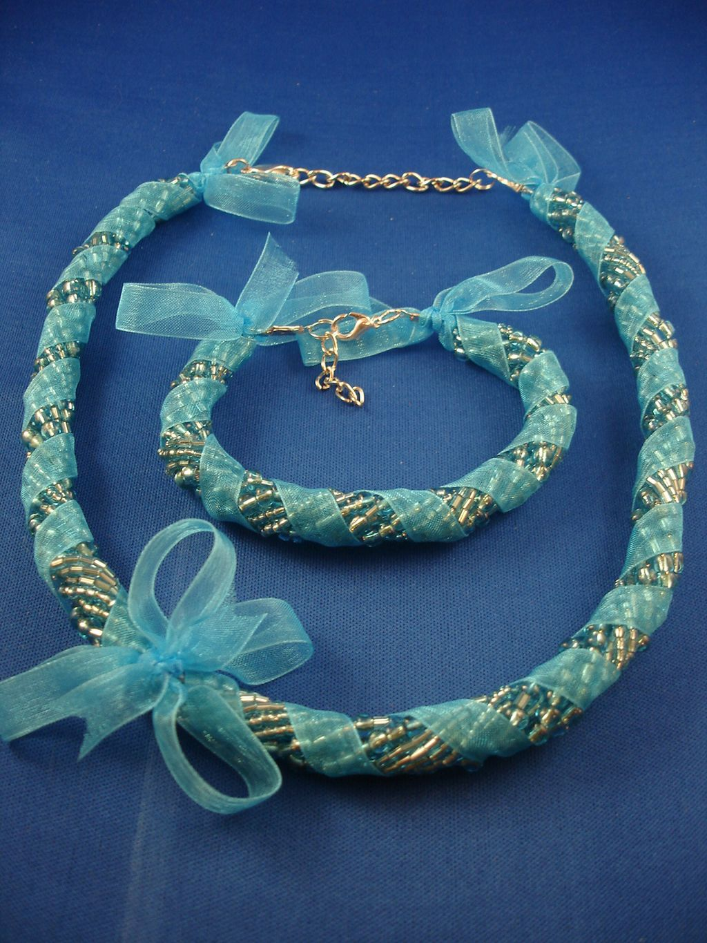 Blue Ribbon Set Of Necklace Amp Bracelet Eight Twisted
