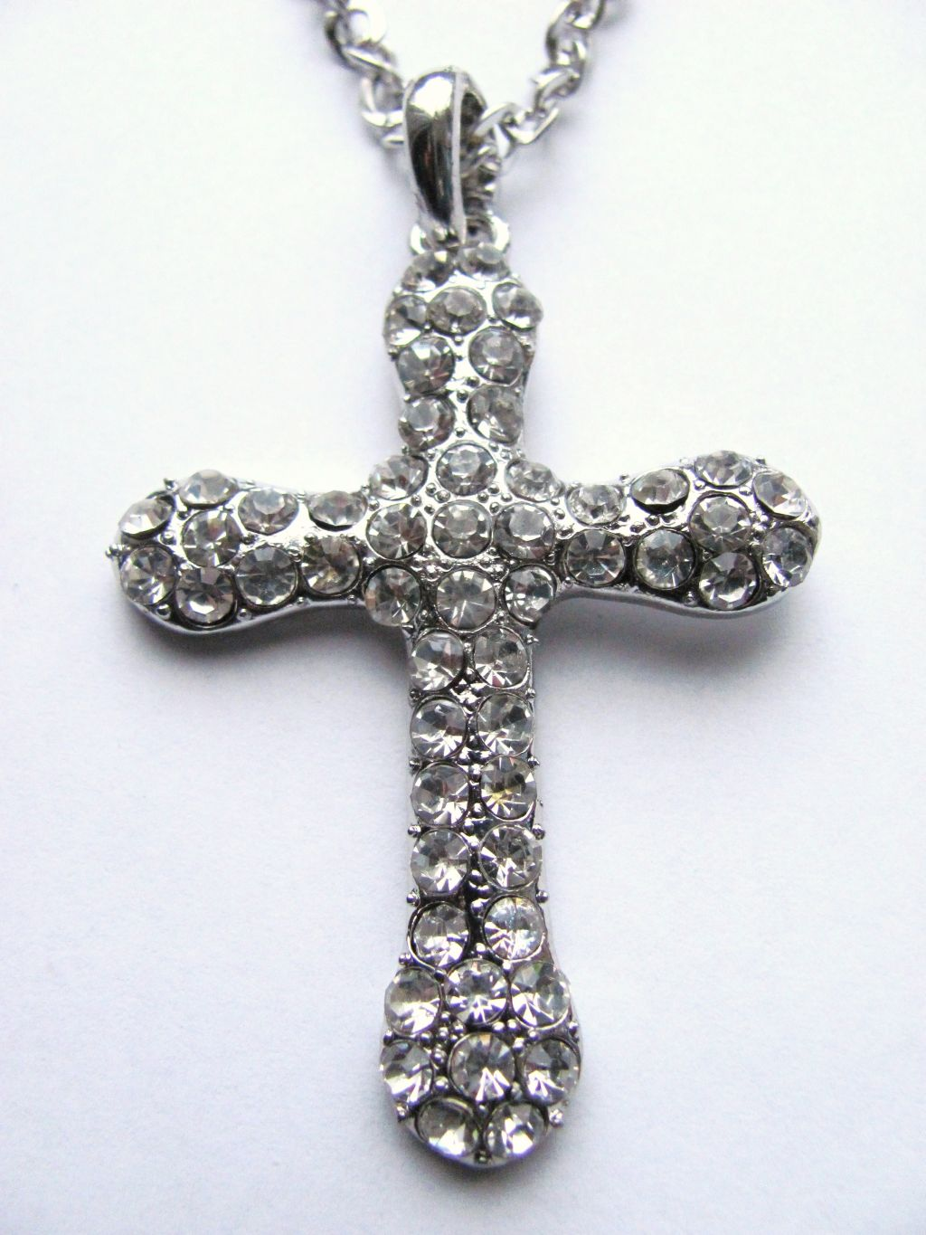 Classic Style Silver Cross Pendant Necklace Genuine Crystals