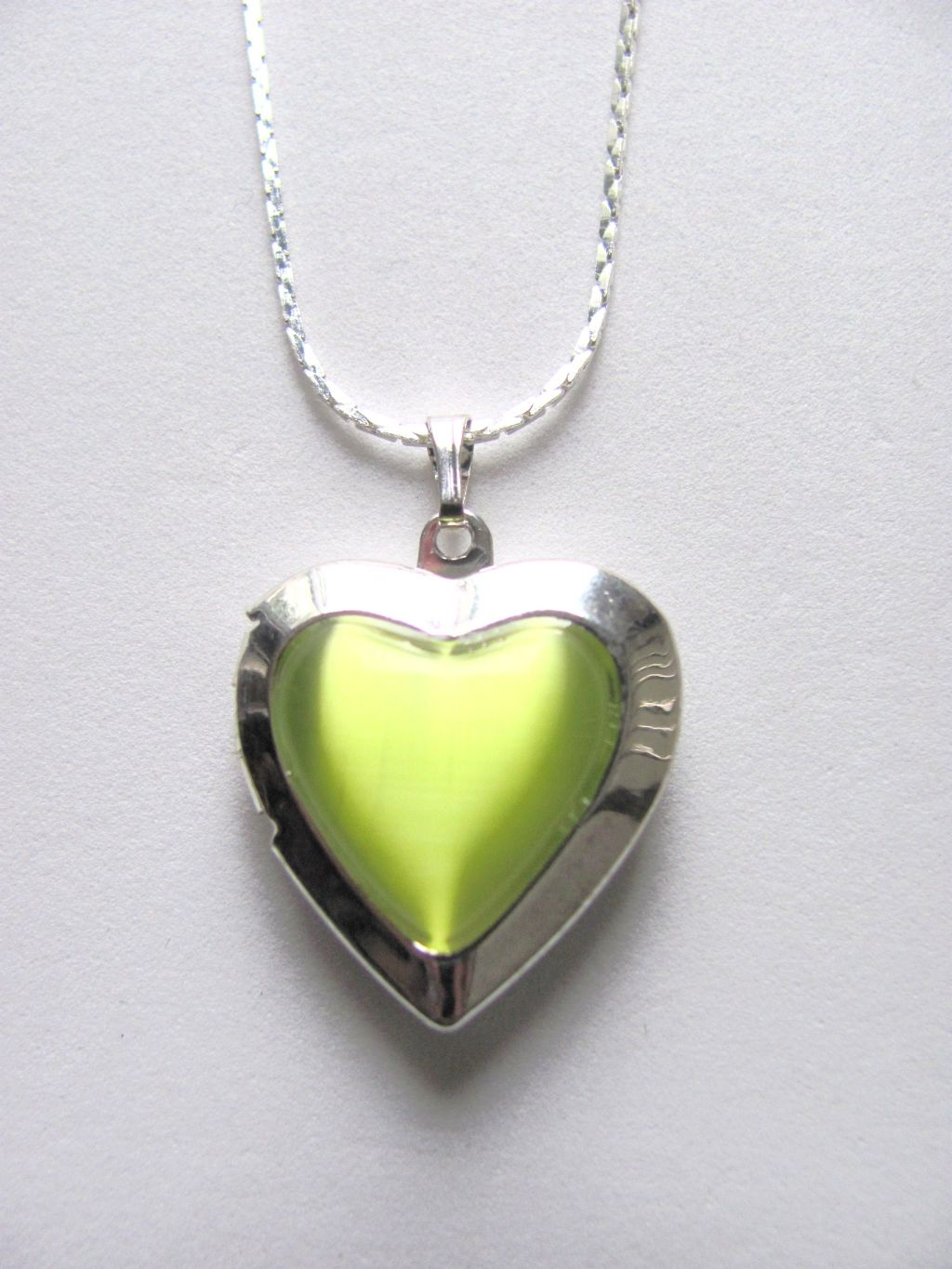 Green Peridot Heart Locket Photo Pendant Necklace, Silver Tone