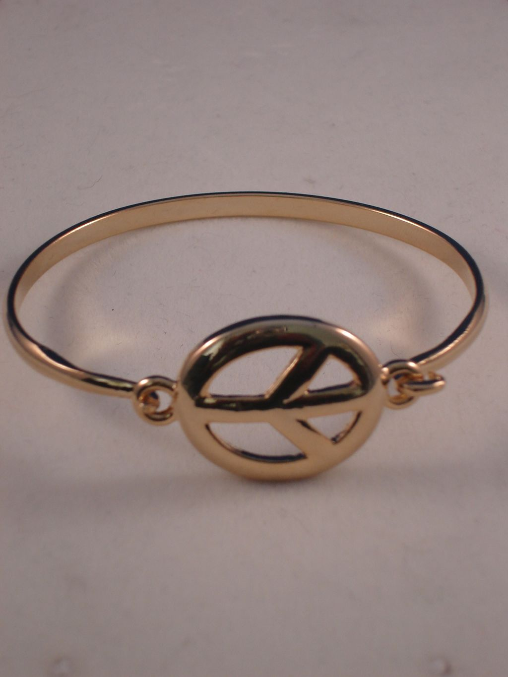 Peace Sign Gold Metal Bracelet, Anti-allergic Jewelry