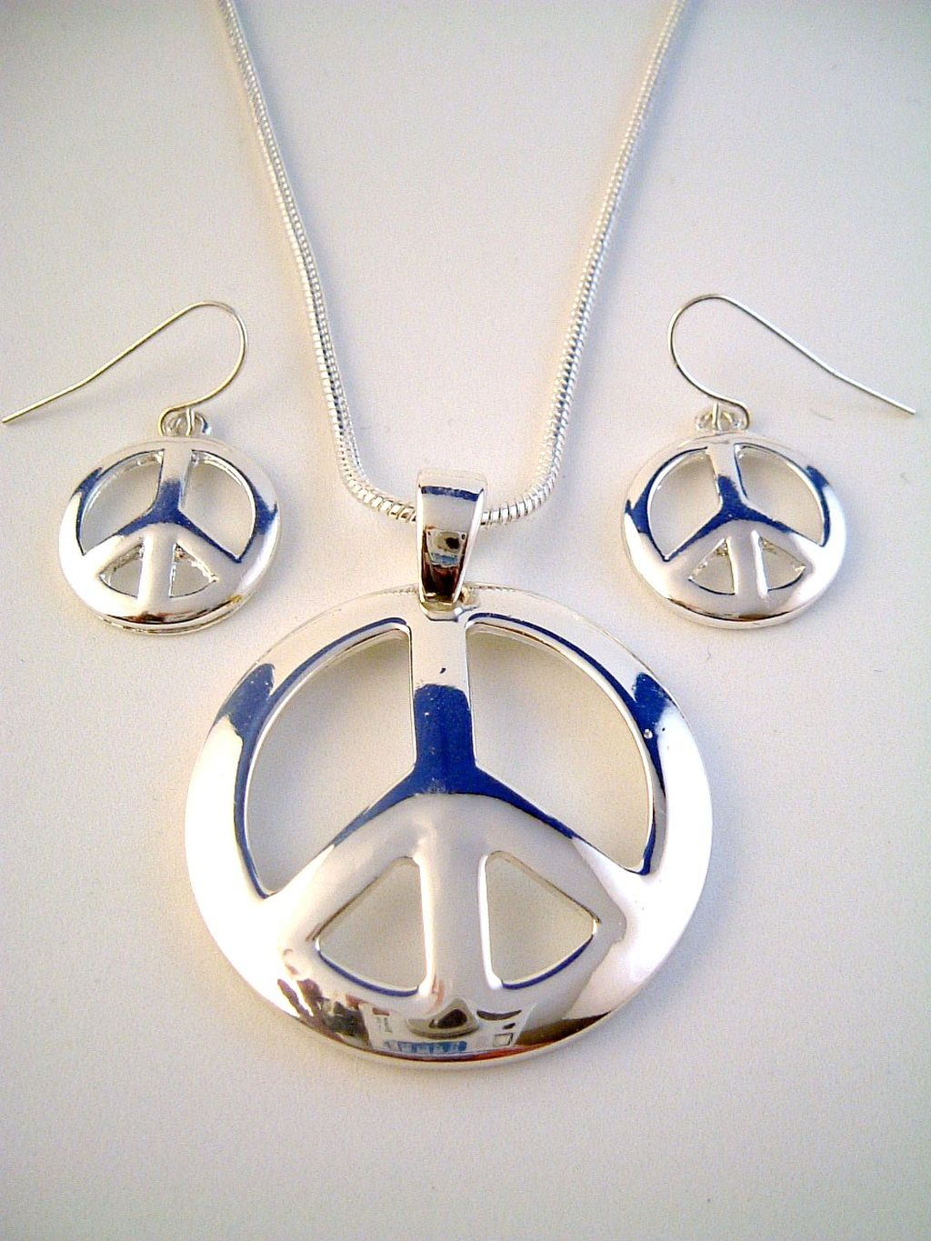 Peace Sign Pendant Silver Tone Necklace & Earrings Jewelry Set