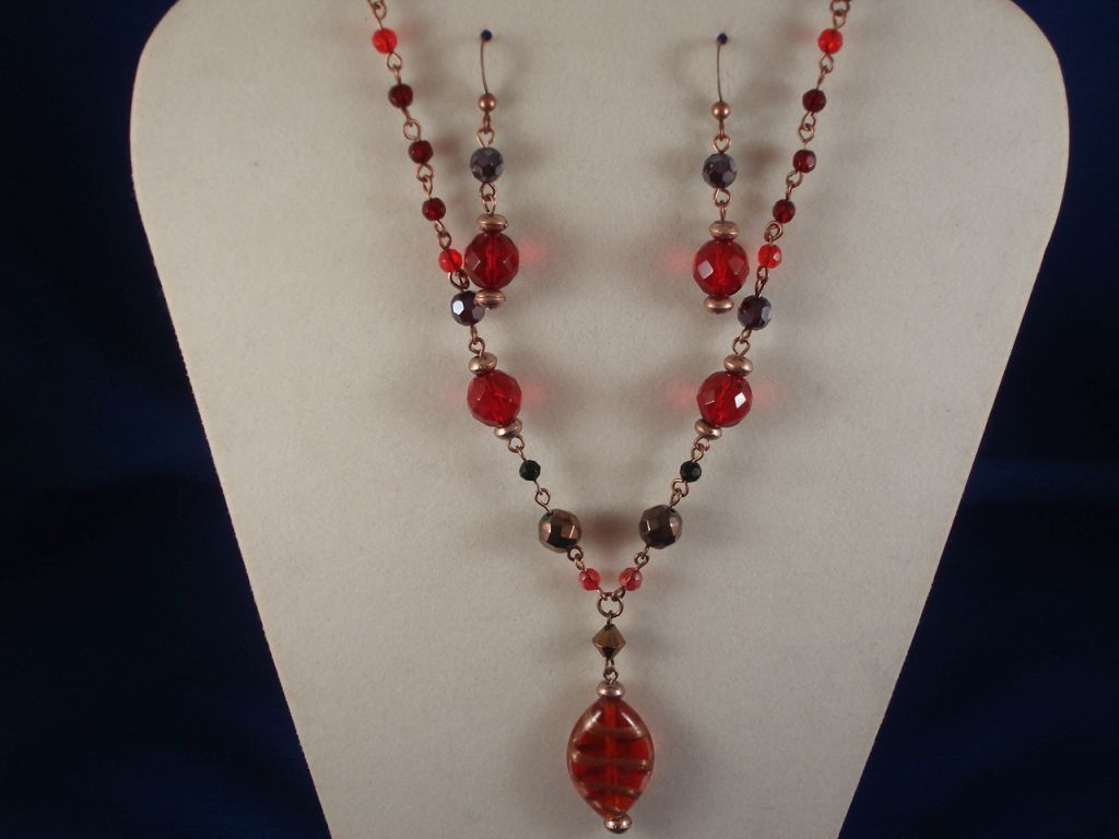 Red Stained Glass Set of Oval Pendant Necklace & Earrings ...