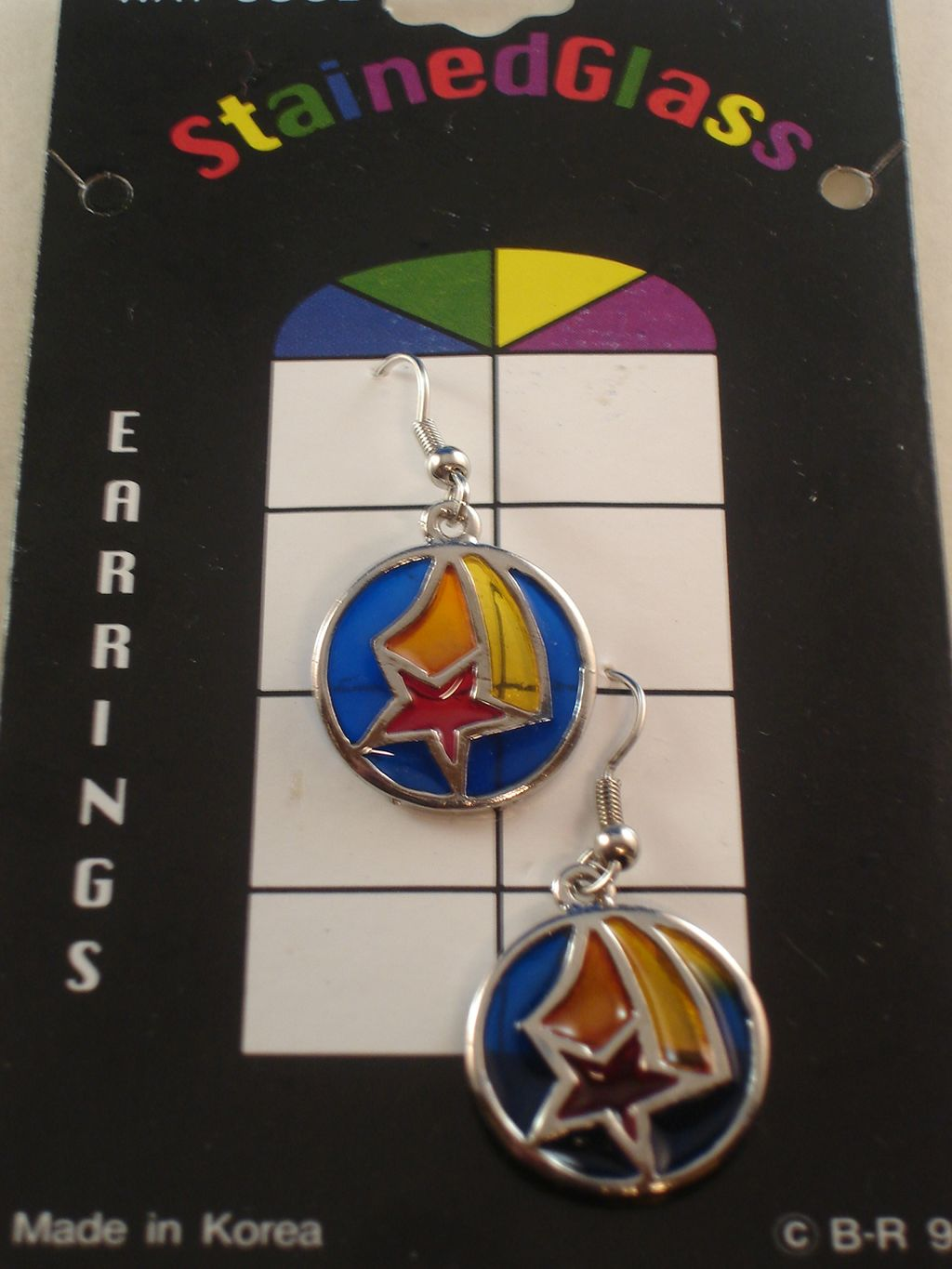 Red Star Stained Glass Earrings, Anti-allergic Jewelry