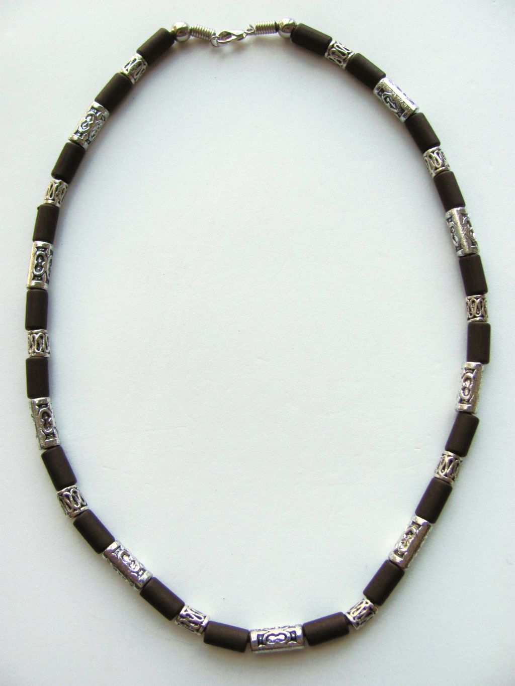 cocoa two tone brown surfer beaded necklace