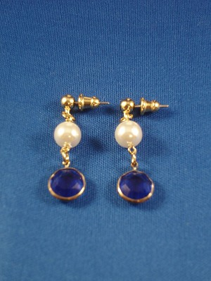 Artificial Purls Dangling Post Earrings, Gold Tone, Anti-allergic Jewelry