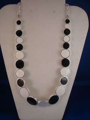 Black & White Necklace, Metal Circles, Silver Color Chain, Anti-allergic Jewelry