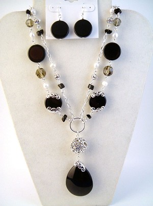 Onyx Drop Pendant Pearls Filigree Beads Necklace Earrings Jewelry Set