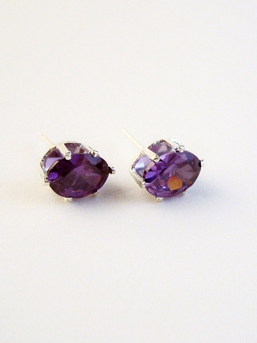 Amethyst Oval Cut Silver Stud Earrings Genuine CZ Cubic Zirconia