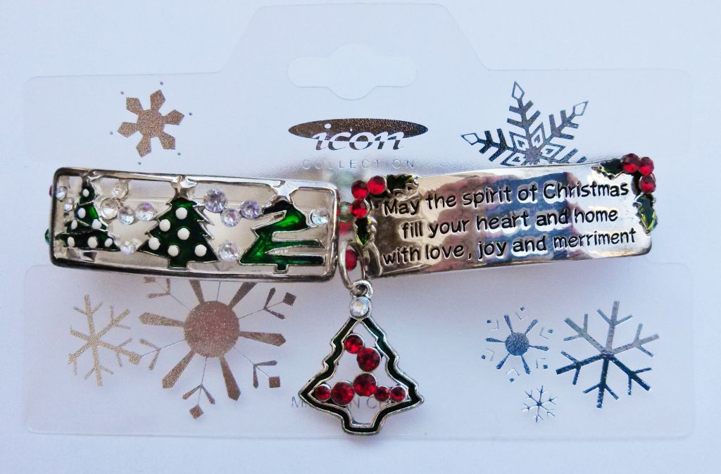 Christmas Wish Message Tree Charm Bracelet Stretching