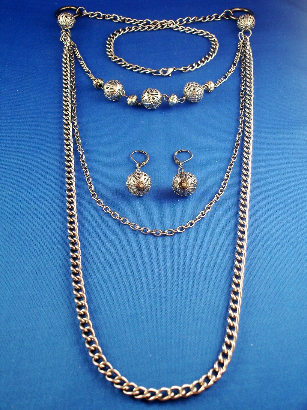 "Classic Filigree Set of Three Leyers 42"" Chain Nekclace and Earrings, Smoked Gray Color, Anti-allergic Jewelry"