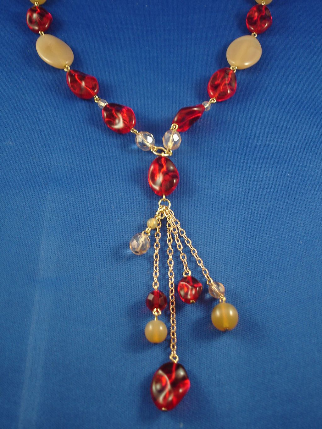 Red & Beige Beads Necklace, Gold Color Chain, Anti-allergic Jewelry