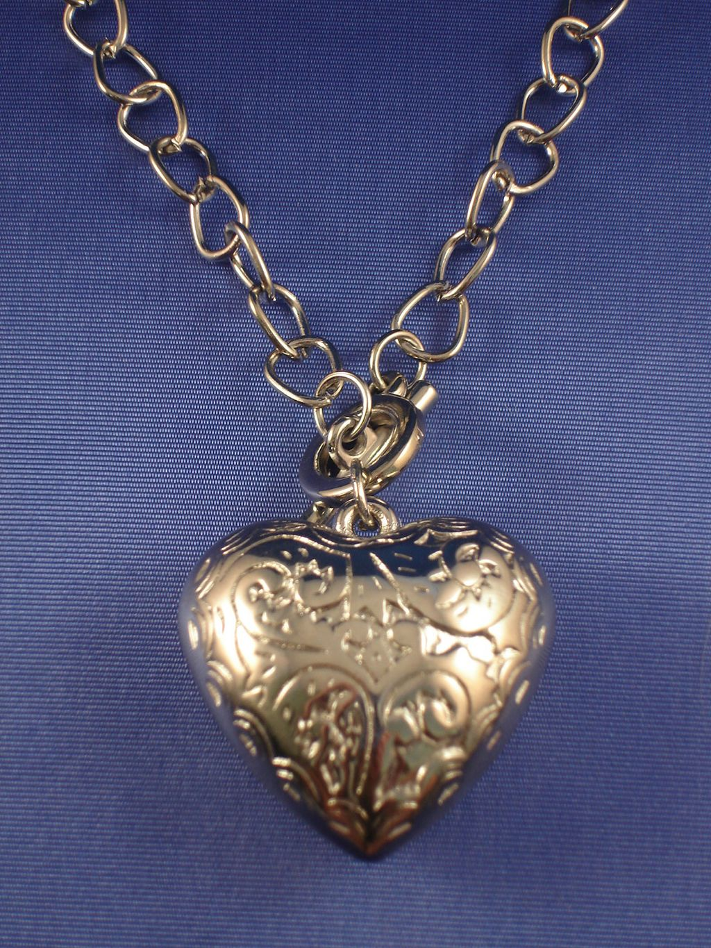 "Silver Tone Heart Pendant with Ornament Necklace, 20"" Chain, Anti-allergic Jewelry"