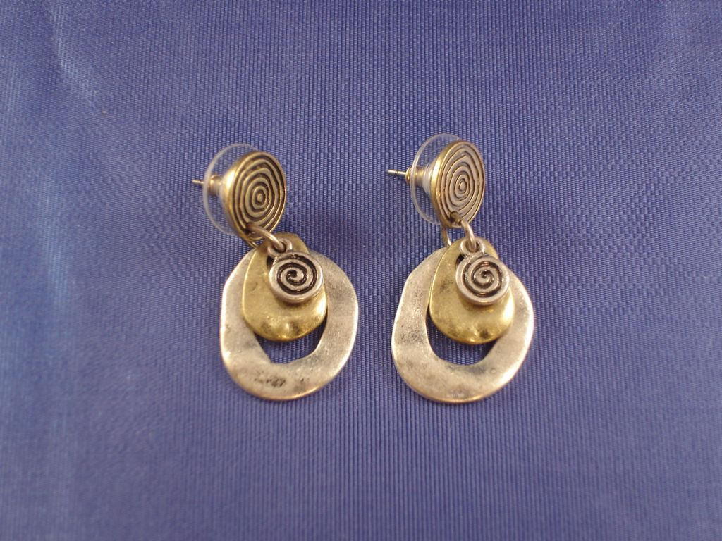 Vintage Style Dangling Earrings, Burnished Bronze/Silver Tone Anti-allergic Metal
