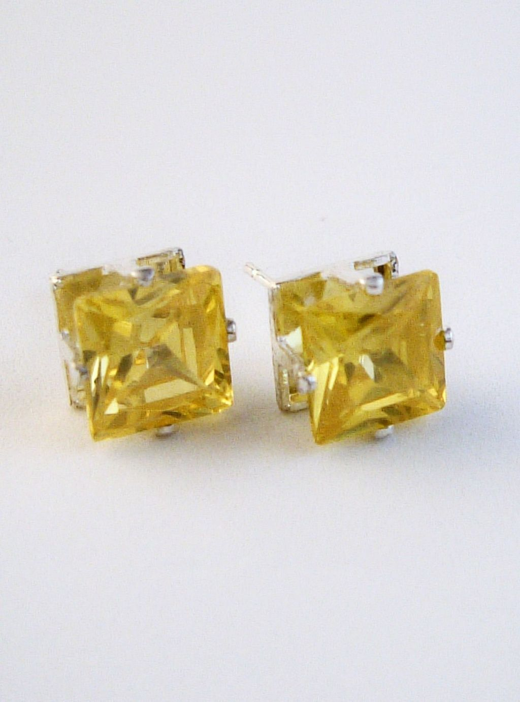 Yellow Sapphire Princess Cut Silver Stud Earrings Genuine CZ Cubic Zirconia