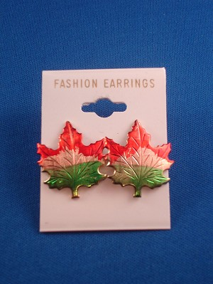 "7/8"" Canadian Maple Leaf Stud Earring, Anti-allergic Jewelry"
