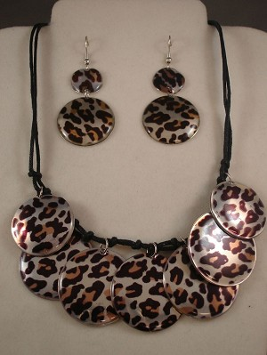 Cheetah/Leopard Animal Print, Set of Necklace & Earrings, Anti-allergic Jewelry