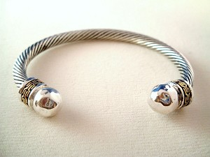 Designer`s Touch Twisted Rope Cable Cuff Bracelet Silver Gold Ornament