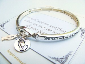 Jeremiah 29:13, Fish & Prayer Hands Charm Bracelet, Inspirational Message Stretching Silver Bangle