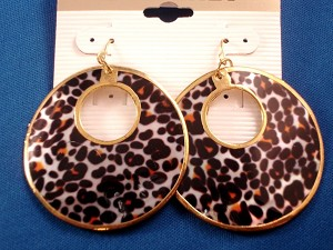 Leopard Animal Print Genuine Shell Earrings