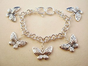 Silver Finish Metal Chain Bracelet, Five Butterfly Charms w/ Vintage Style Ornament, Anti-allergic Jewelry
