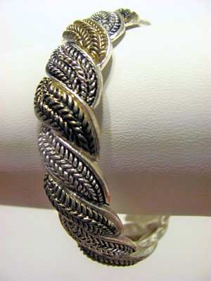 Vintage Style Twisted Rope Stretching Bangle Bracelet, Silver & Gold Finish Metal